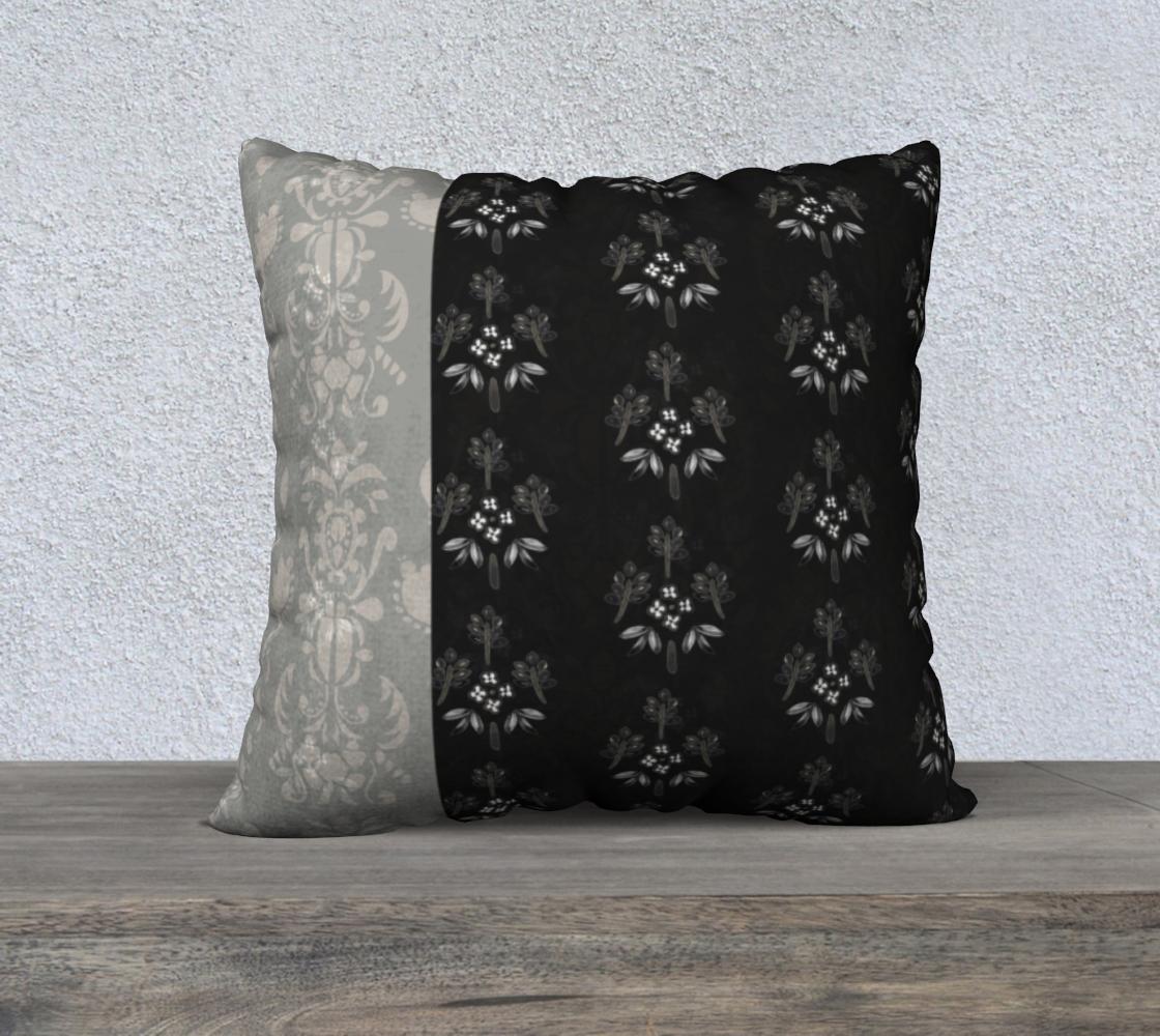 Aperçu de Black and White all vertical stripe pillow
