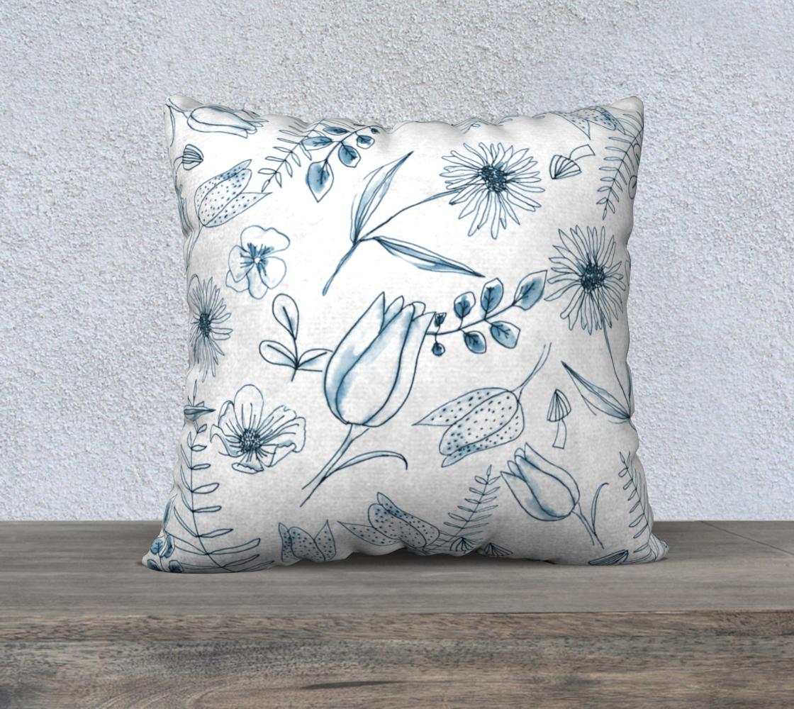 Aperçu de blue woodland floral cover 22x22