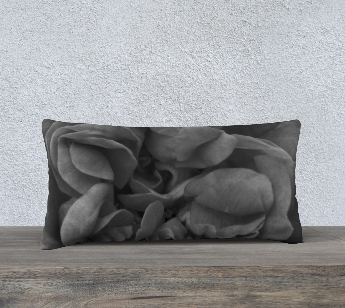 Aperçu de Black Rose Pillow  24X12 160527a