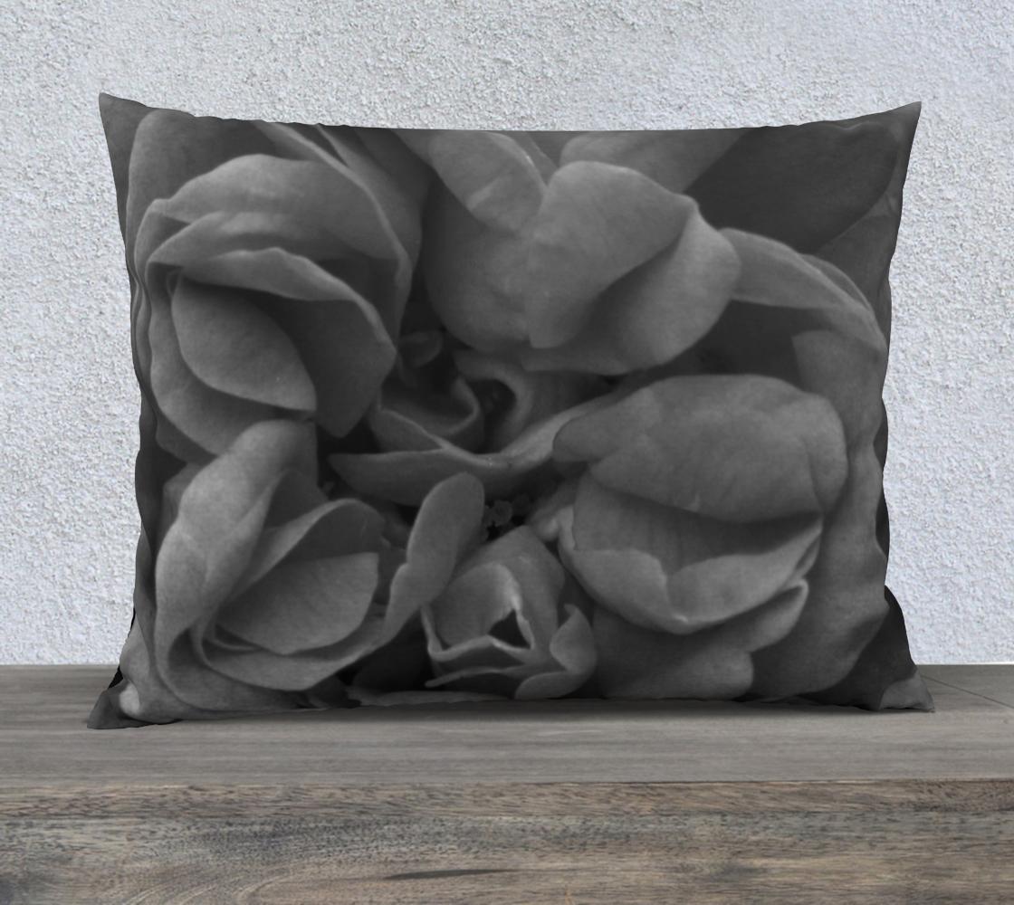 Aperçu de Black Rose Pillow  26X20 160527a