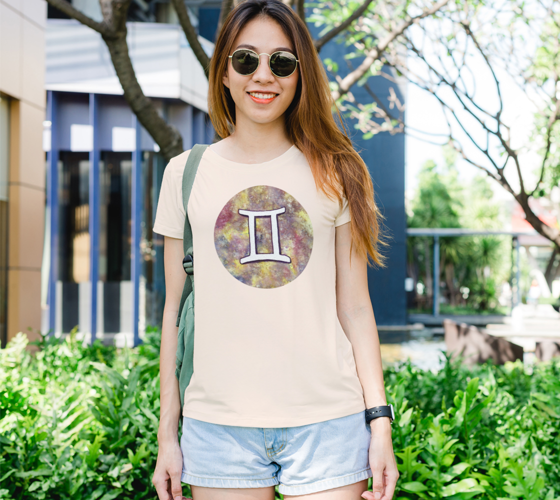 Gemini astrological sign Women's Tee preview
