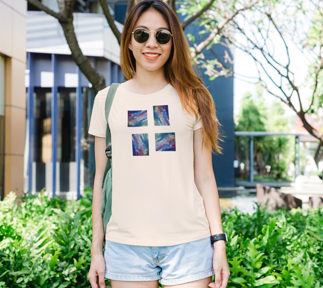 Fleurs en mouvement Bella Tshirt preview