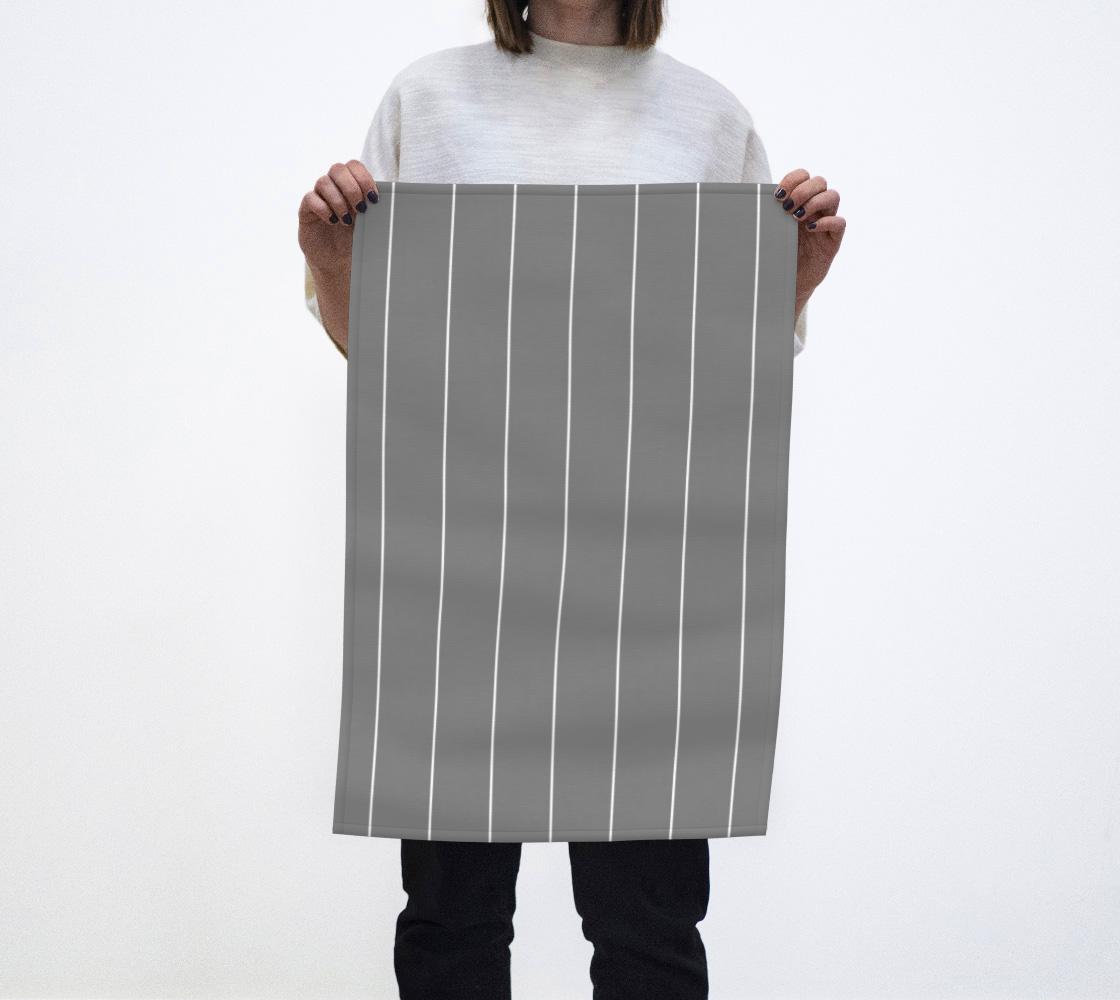 Stripes on gray aperçu