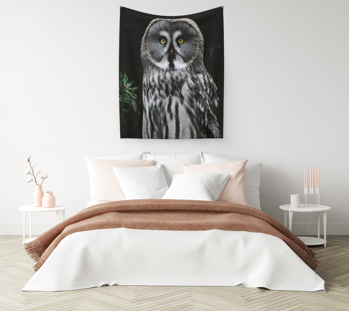 The Great Grey Owl Wall Tapestry preview #1