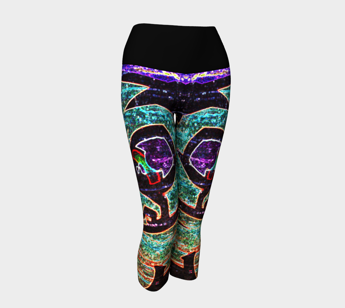 Graffiti 7 Yoga Capris preview