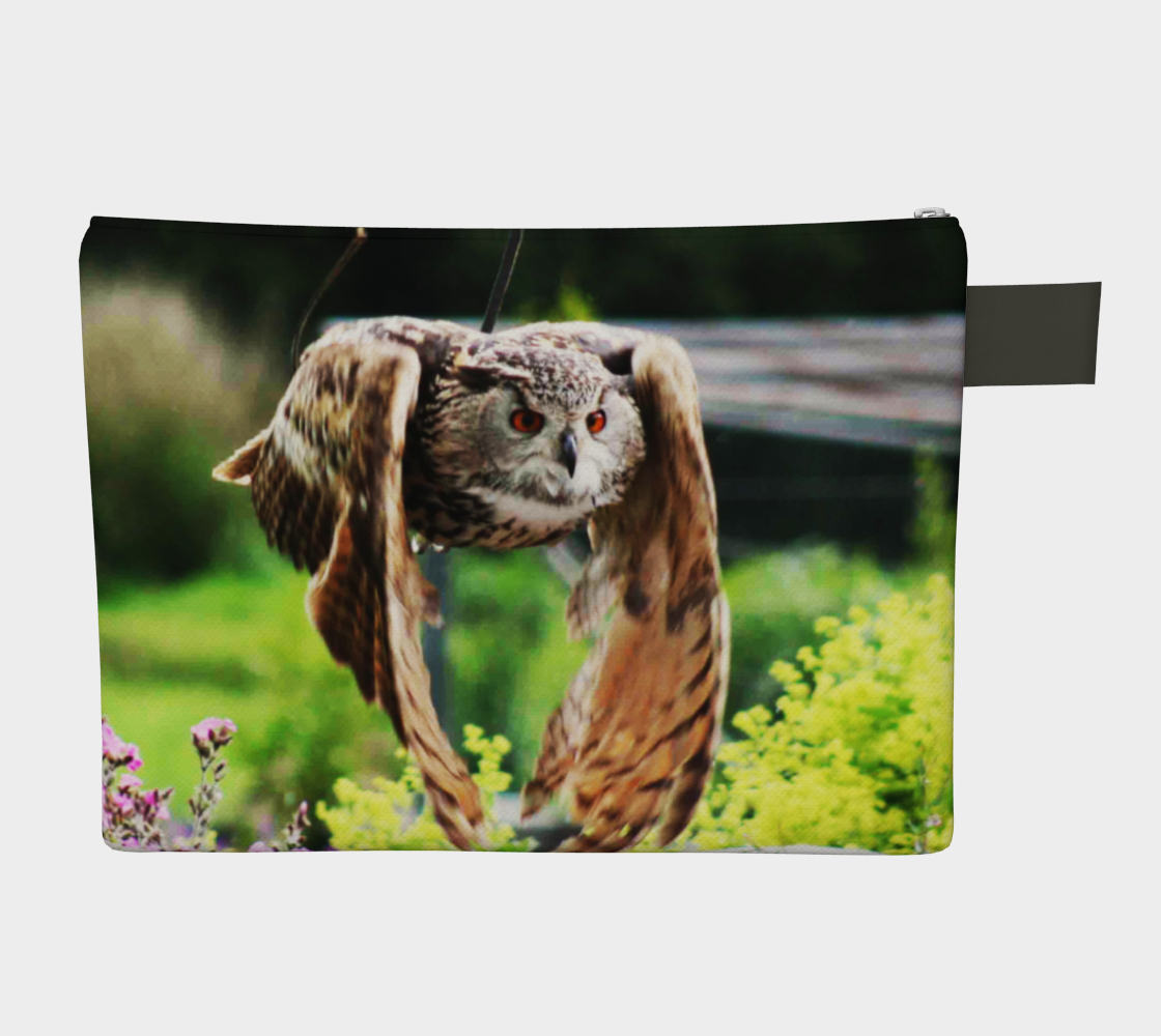 Owl In Flight Zipper Carry All preview #2