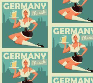 Aperçu de Germany - Munich - Cute German Girl Serving Beer