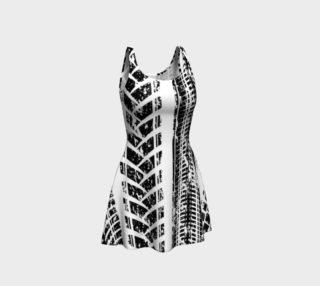 Aperçu de Hit & Run Flare Dress by GearX