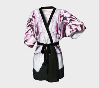 """""""Drama Queen"""" Kimono Robe preview"""
