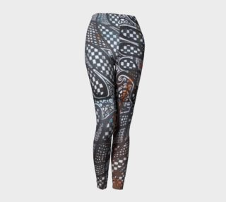 Black & White Graphic Quilted-Look Leggins preview