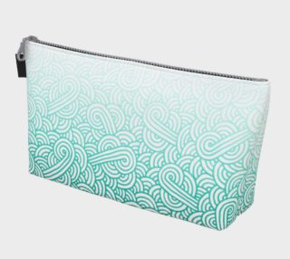 Gradient turquoise blue and white swirls doodles Makeup Bag aperçu