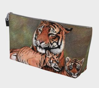 Family tigers Makeup Bag preview