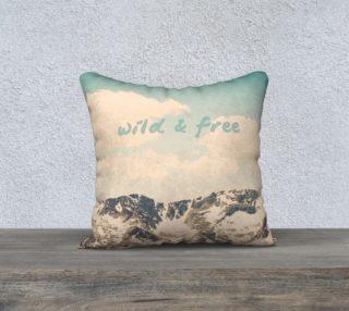 Aperçu de Wild and Free Pillow