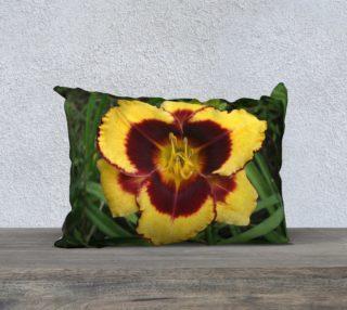 sun panda daylily pillow 4 preview