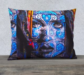 THE BLUE FACE-PILLOW-STREETCHIC-ARAARTIST aperçu