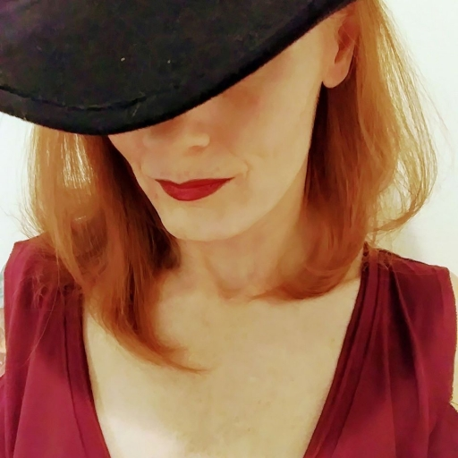 LindaJules - CleverFoxArtWear profile picture