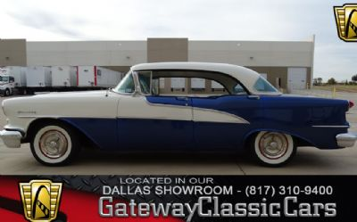 Photo 1955 Oldsmobile Holiday 88
