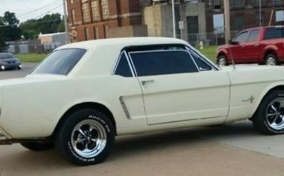 Photo 1965 Ford Mustang