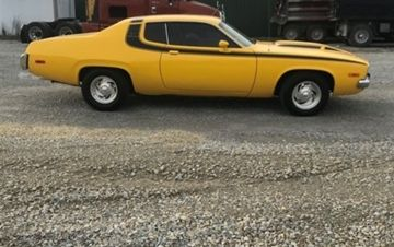 Photo 1974 Plymouth Road Runner