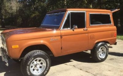Photo 1977 Ford Bronco