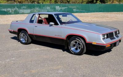 Photo 1984 Oldsmobile Cutlass 442 Hurst