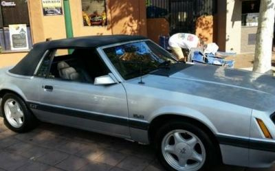 Photo 1985 Ford Mustang