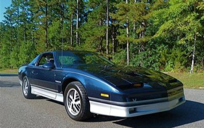 Photo 1986 Pontiac Firebird Trans AM 2DR Hatchback