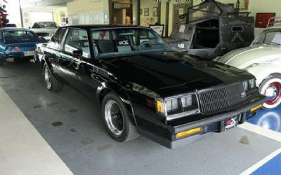 Photo 1987 Buick Regal Grand National Turbo 2DR Coupe