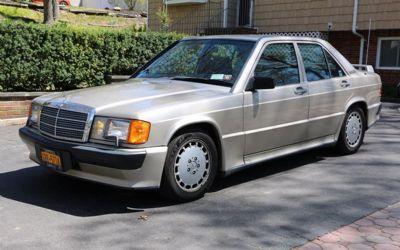 Photo 1987 Mercedes-Benz 190-Class 190 E 2.3 16 4DR Sedan