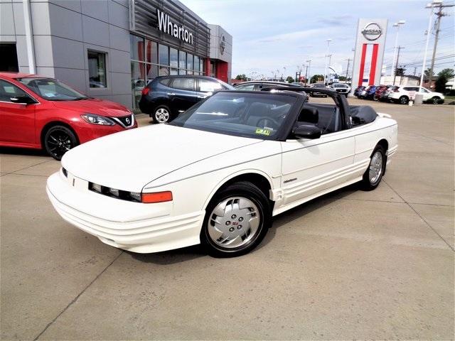 Photo 1992 Oldsmobile Cutlass Supreme