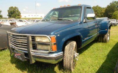 Photo 1993 Chevrolet CK 3500 Series C3500 Cheyenne 2DR Standard Cab LB