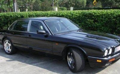Photo 1997 Jaguar XJR