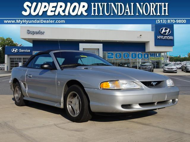 Photo 1998 Ford Mustang