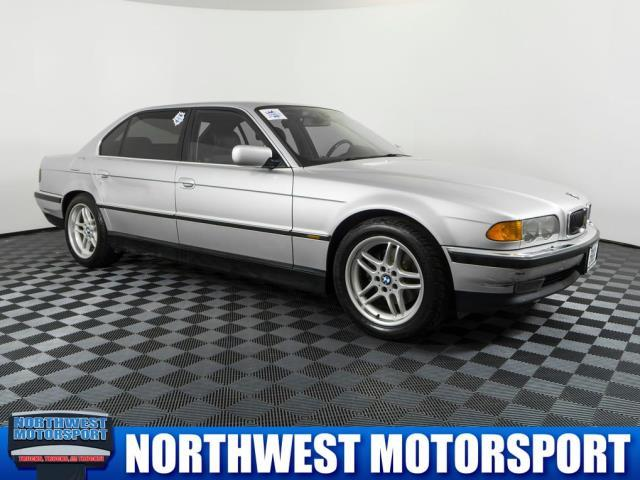 Photo 2000 BMW 7 Series 740IL 4DR Sedan