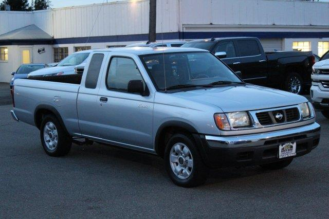 Photo 2000 Nissan Frontier 2DR XE Extended Cab SB