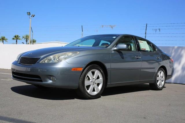 Photo 2005 Lexus ES 330 4DR Sedan