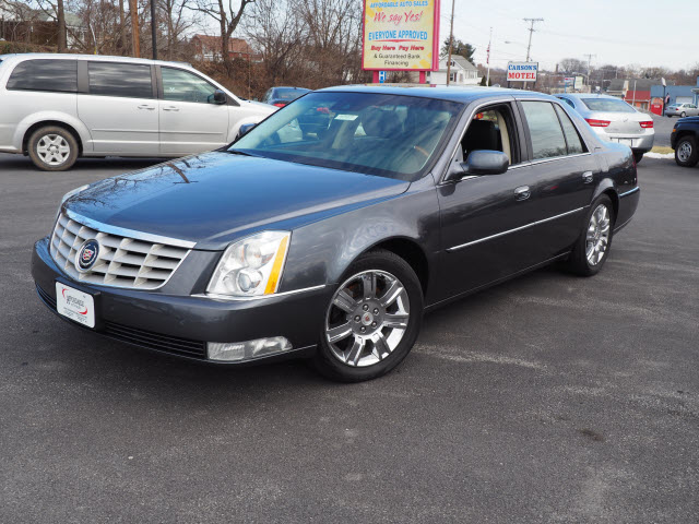 2010 Cadillac DTS Platinum Edition For Sale - ZeMotor