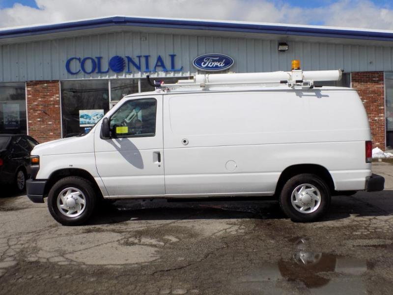 Photo 2011 Ford E-Series Cargo E-250 3DR Cargo Van