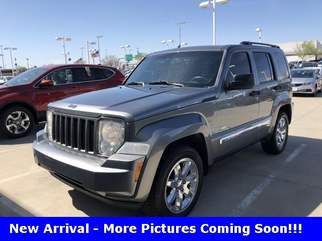 Photo 2012 Jeep Liberty 4X2 Sport 4DR SUV