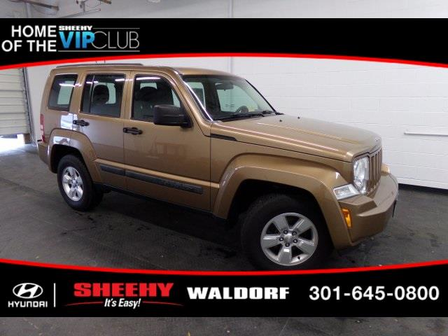 Photo 2012 Jeep Liberty 4X4 Sport 4DR SUV