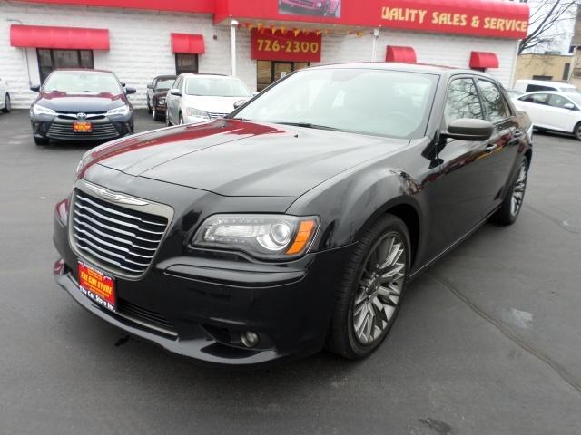 Photo 2013 Chrysler 300 C John Varvatos Luxury Edition