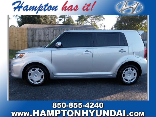 Photo 2013 Scion xB