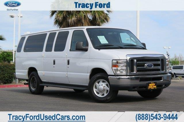 Photo 2014 Ford E-Series Wagon E-350 SD XL 3DR Extended Passenger Van
