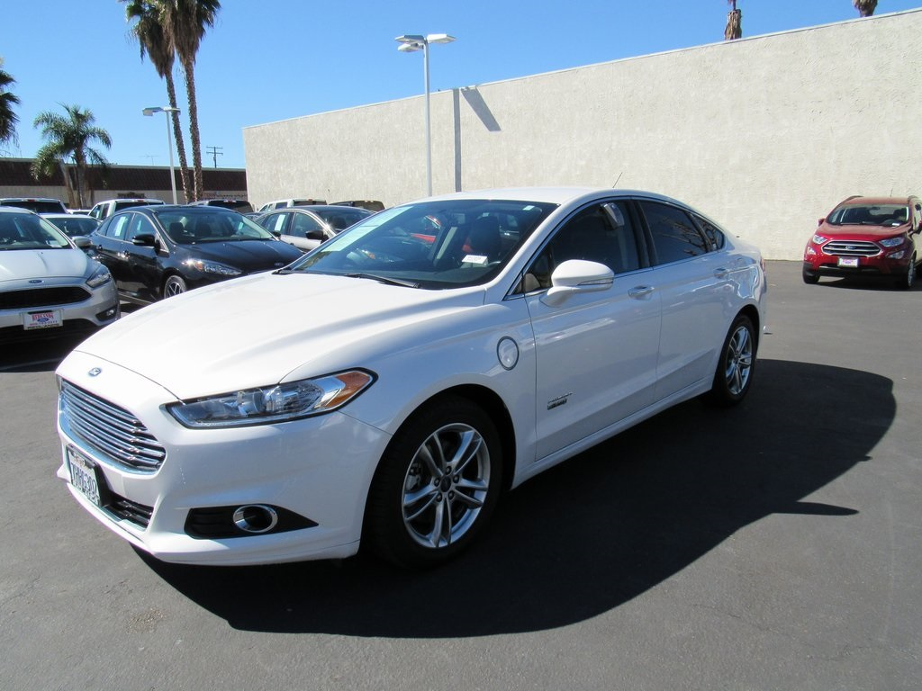 Photo 2015 Ford Fusion Energi Titanium