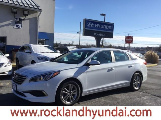 Photo 2016 Hyundai Sonata SE 4DR Sedan