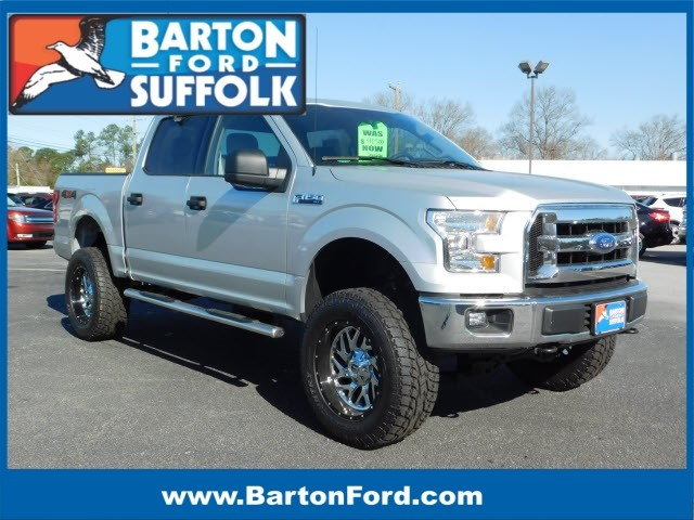 Photo 2017 Ford F-150 XLT LIFTED TRUCK