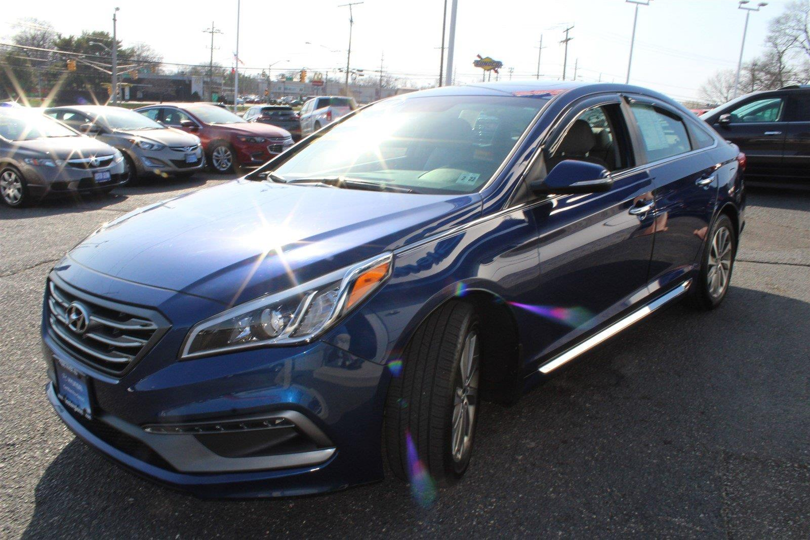 Photo 2017 Hyundai Sonata Sport 4DR Sedan