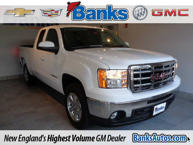 Photo 2011 GMC Sierra 1500 4WD Ext Cab 143.5inch SLT