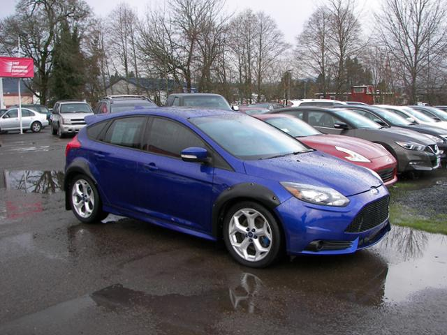 Photo 2013 Ford Focus ST 5dr HB ST