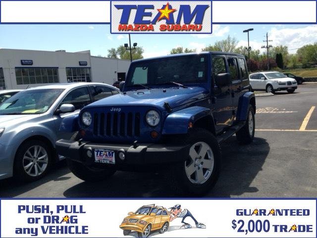 Photo 2010 Jeep Wrangler Unlimited 4WD 4dr Sahara